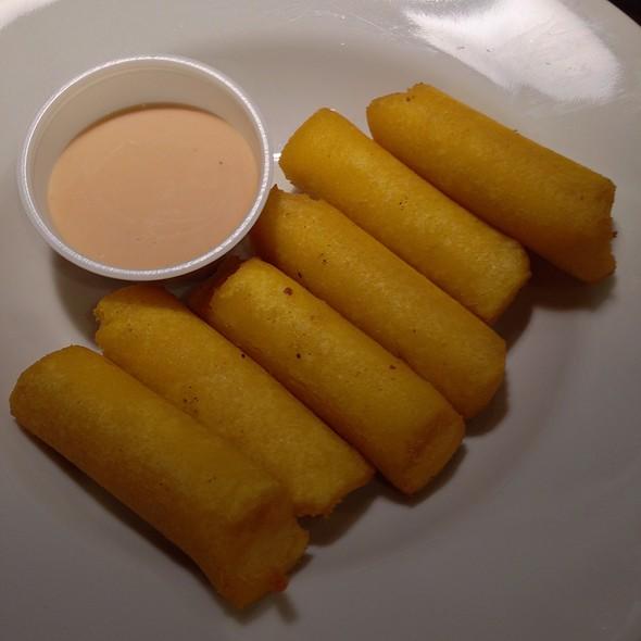 Sorrullos @ Casa Mofongo Latin Grill