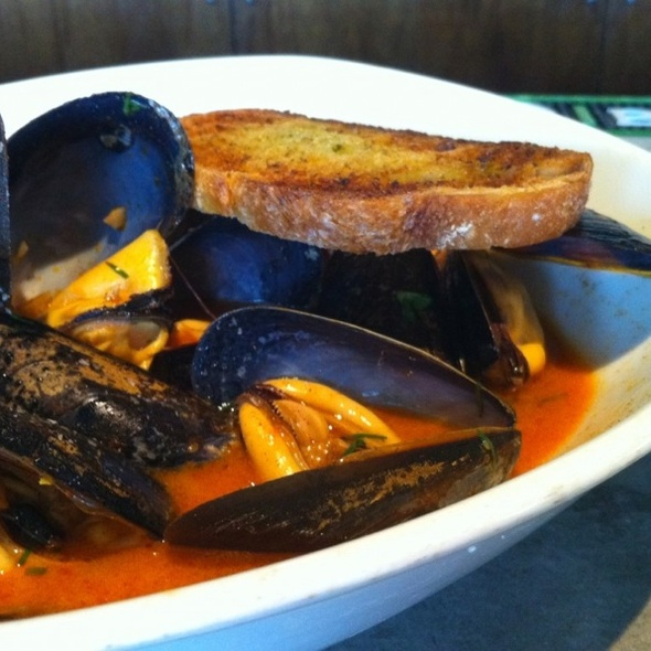 Steamed Mussels - Reef, Houston, TX
