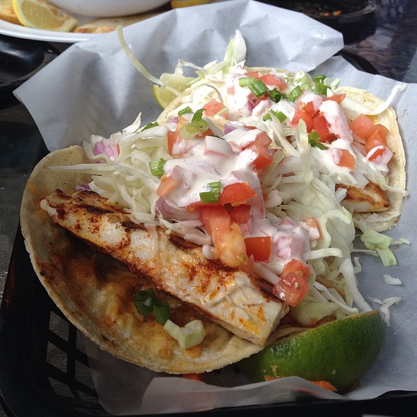 fish tacos @ Blue Water Seafood