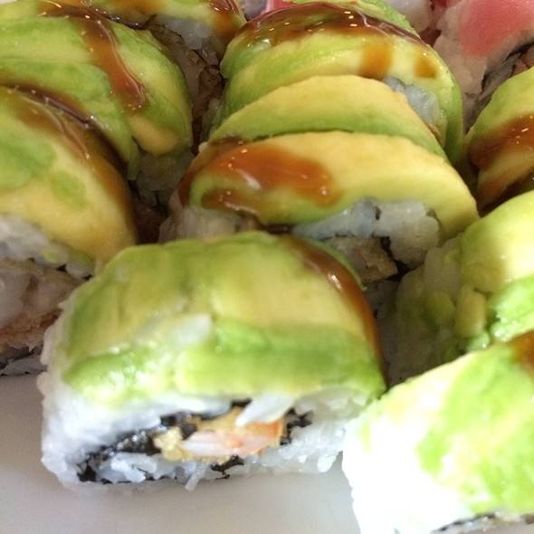 Sumo Roll Sushi