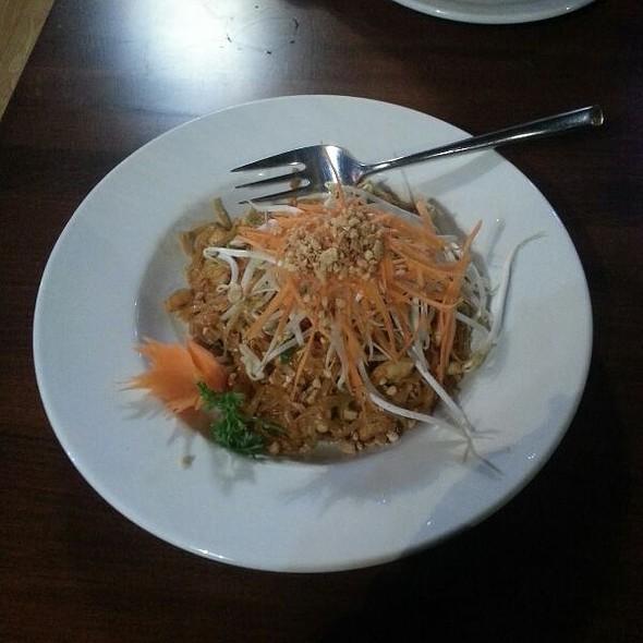 Pad Thai - Ban Chok Dee Thai Cuisine, Langley, BC