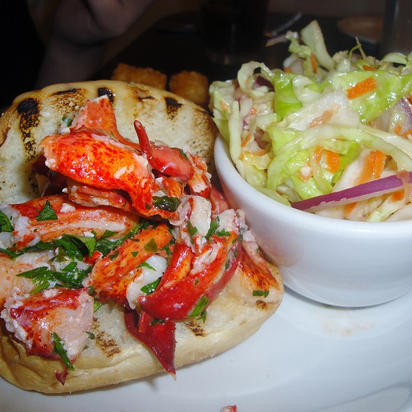 Warm Lobster Roll