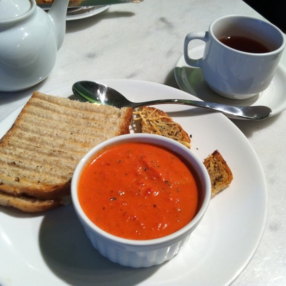 Tomato Soup, Branston Sandwich @ London Tea Room