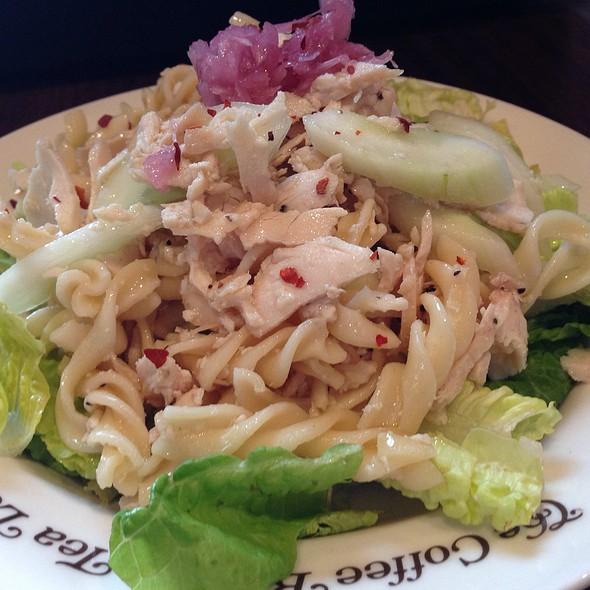 Chilled Spicy Chicken Pasta Salad