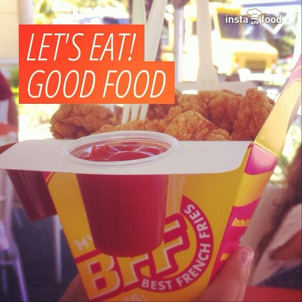 Popcorn Chicken @ Best French Fries