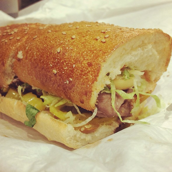 Hot Steak Sub