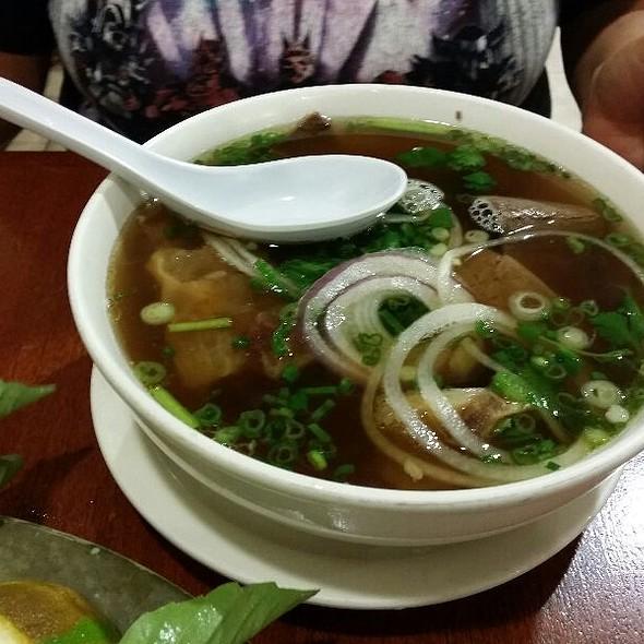 Pho Chin Gan Sach