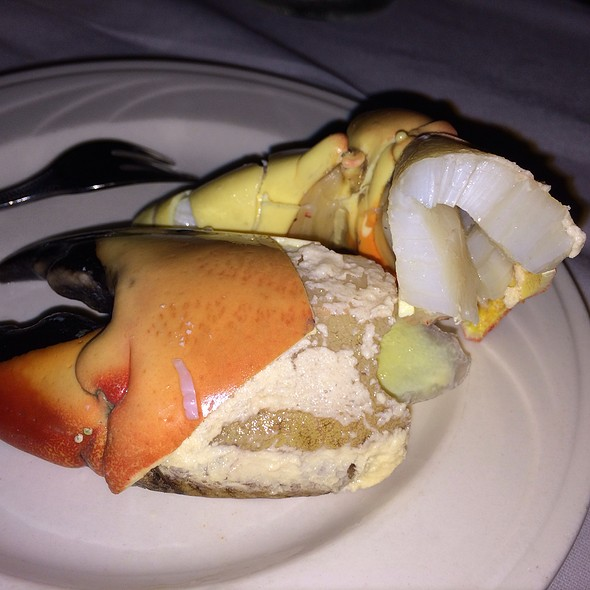 Stone Crab Meat @ Charley's Steak House