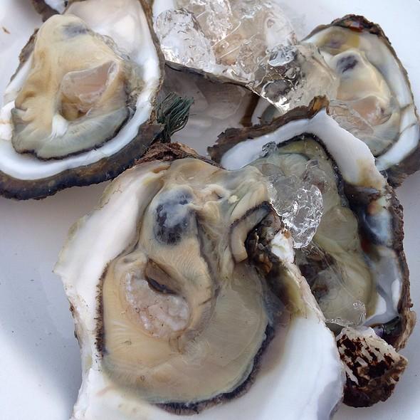 Oysters @ ร้านปลาทู ชะอำ-หัวหิน