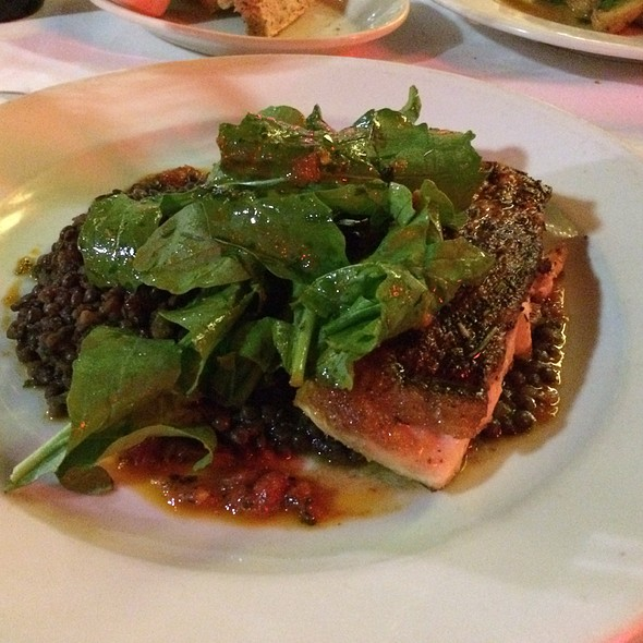 Pan Seared Yellowfin Tuna - 32 East, Delray Beach, FL