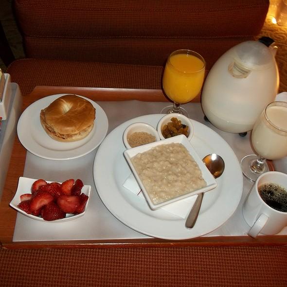 Good Start Breakfast - Bishop Grill - San Ramon Marriott, San Ramon, CA