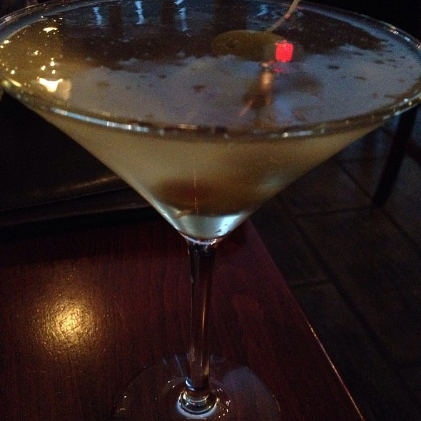 Martini @ Ernesto's Wine Bar