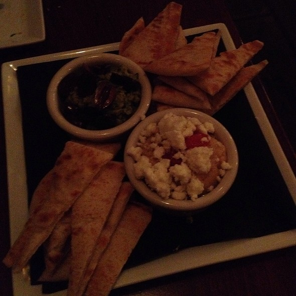 Hummus @ Ernesto's Wine Bar