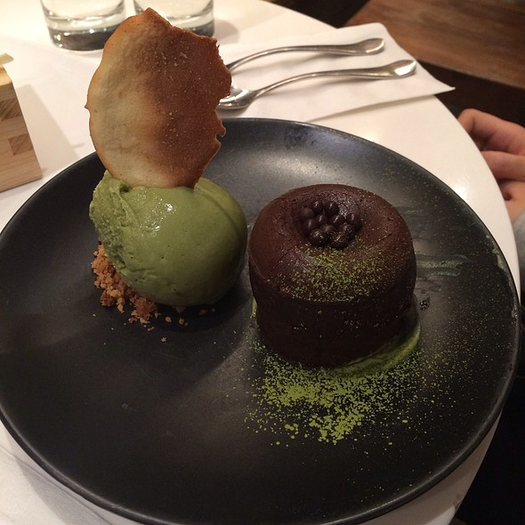 Chocoalate Green Tea Lava Cake @ Spot Dessert Bar