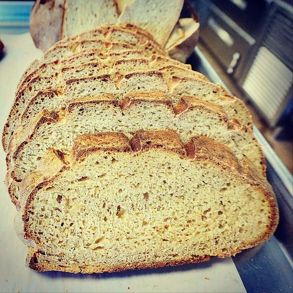 Pa'I'Ai Sour Dough Bread @ Highway Inn Kaka'ako