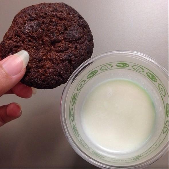 Gluten Free Chocolate Chip Kiawe Cookie W/ Honeyed Coconut Milk @ Highway Inn Kaka'ako