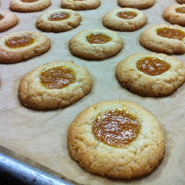 Mango Jam Cookies @ Highway Inn Kaka'ako