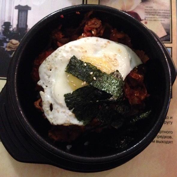 Kimchi With Beef And Egg @ EAST-ТОРИЯ, ресторан корейской кухни, ООО