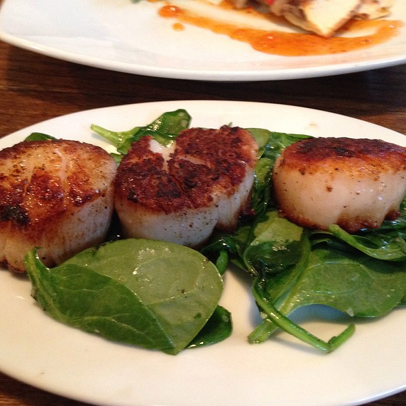 Scallops And Seared Spinach