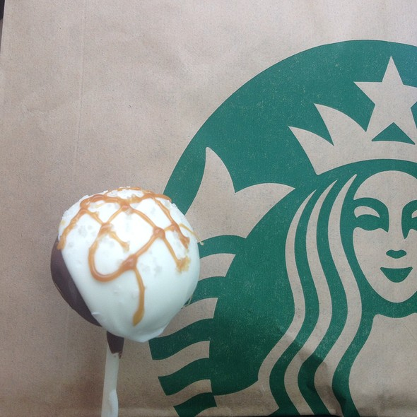 Salted Caramel Cake Pop @ Starbucks
