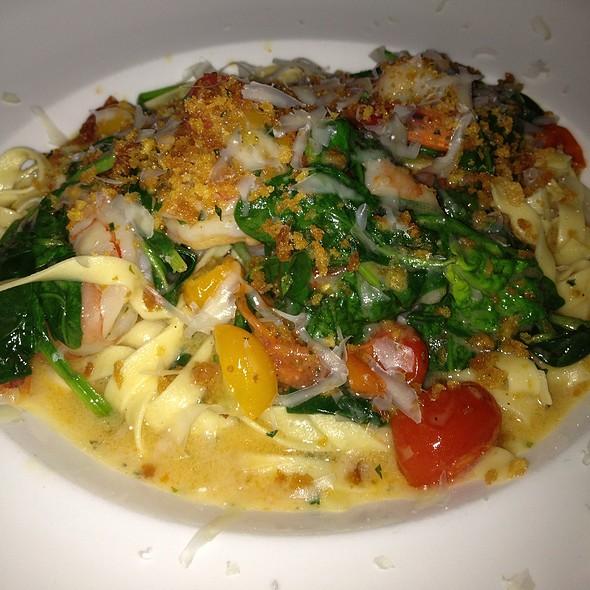 Tagliatelli W Shrimp Scampi - Ballo Italian Restaurant, Uncasville, CT