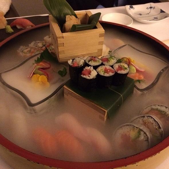 Classic Set - Suhi & Sashimi Mix @ Nagaya