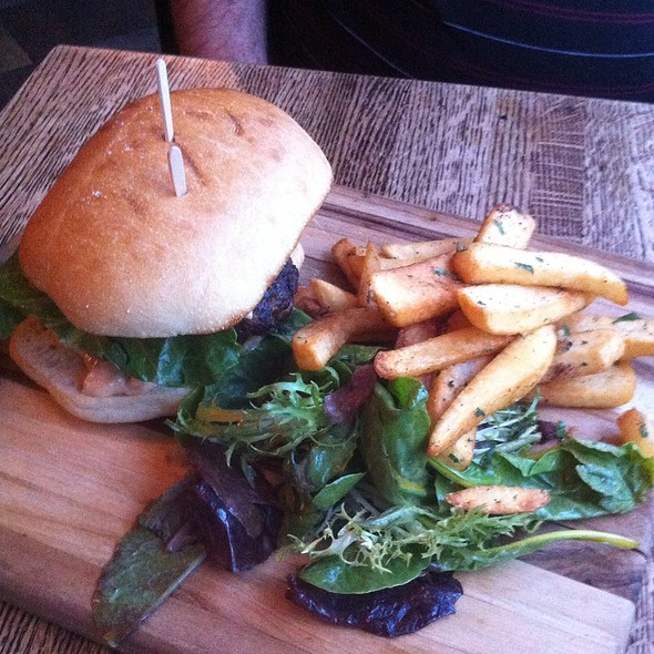 Lamb Burger @ Dunya