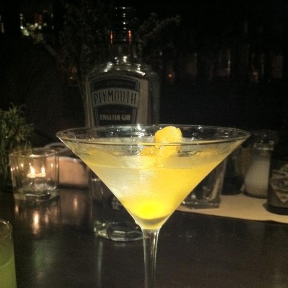 Plymouth Gin Martini @ Library Bar
