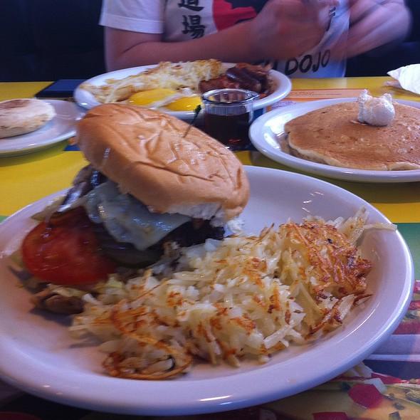 Mushroom Swiss Burger @ Denny's