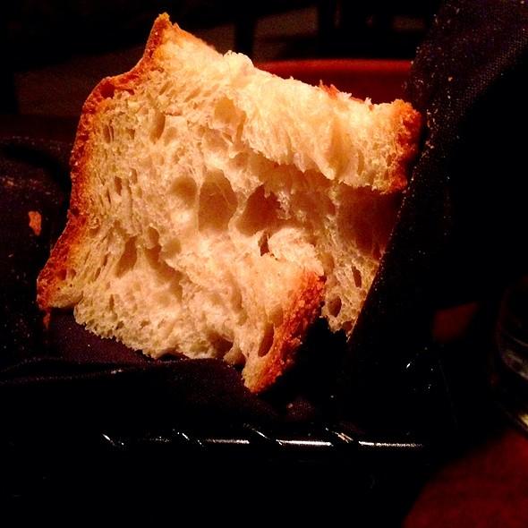Bread - Frankie's Pizzeria & Scaloppine, Chicago, IL