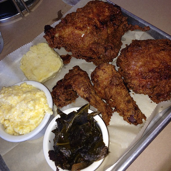 fried chicken - Hendricks BBQ, St. Charles, MO
