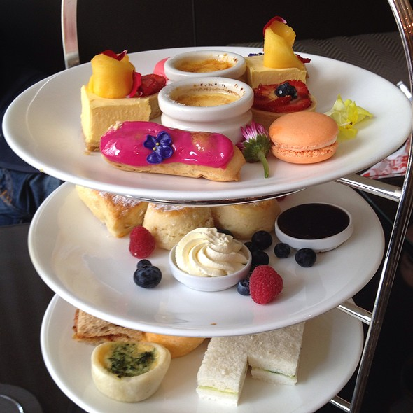 High Tea @ Sofitel Sydney Wentworth