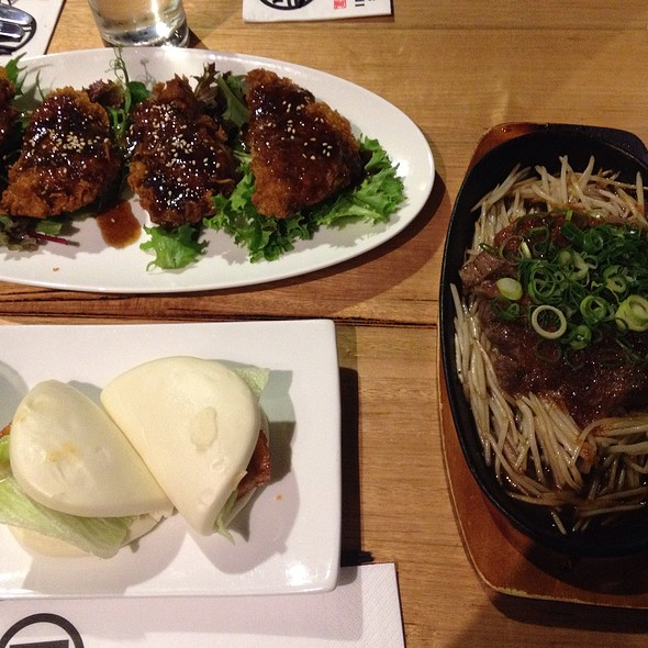 Pork Belly Bun, Crispy Chicken, Wagyu Steak @ Ippudo Sydney ( 一風堂)