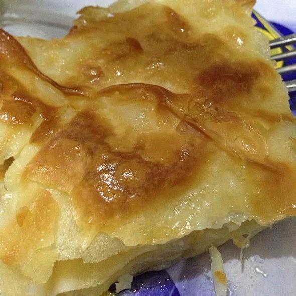 Peynirli Su Boregi