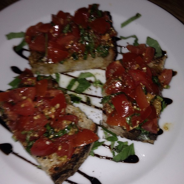 Marinated Tomato Bruschetta @ paulie's pizza