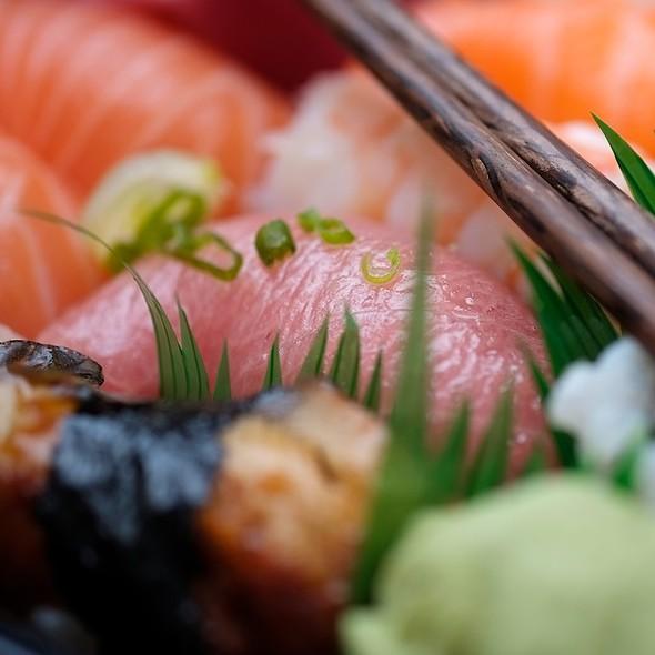 Supreme Sushi