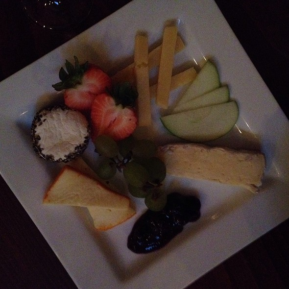 Cheese Plate @ Ernesto's Wine Bar
