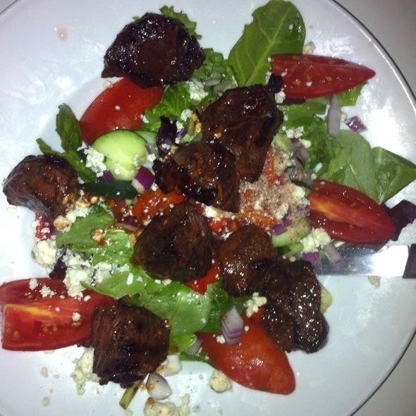 Steak Kabob Gorgonzola Salad - Waterway Cafe, Palm Beach Gardens, FL