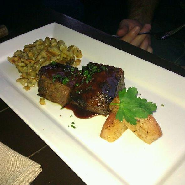 beef short ribs @ Quinn's Pub