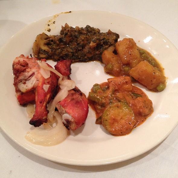 lunch buffet - Akbar Restaurant - Garden City, Garden City, NY