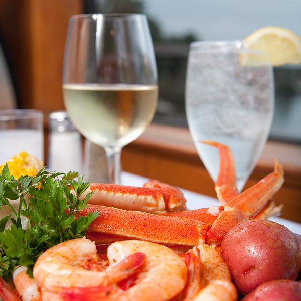 Alaskan Snow Crab with Steamed Shrimp  - Pearl's Saltwater Grille, Savannah, GA