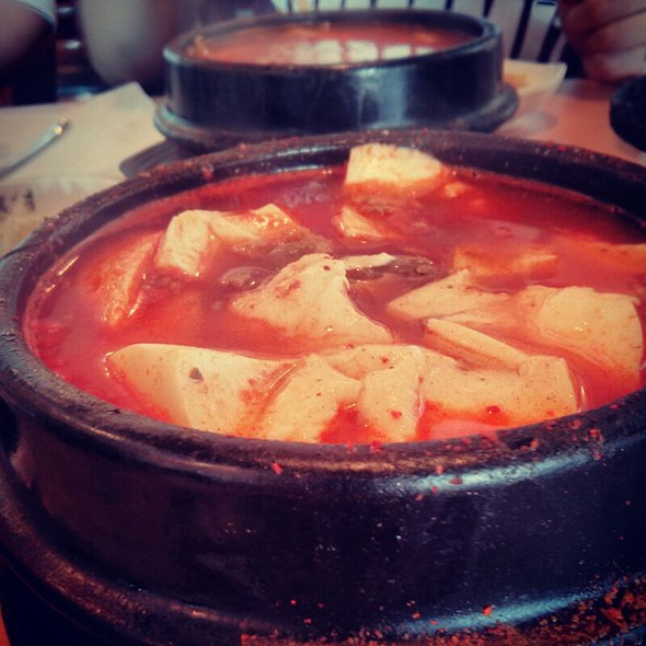 Mixed tofu soup