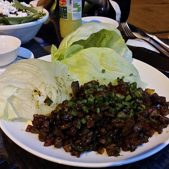 Lettuce Cups @ HEAT Cafe & Grill