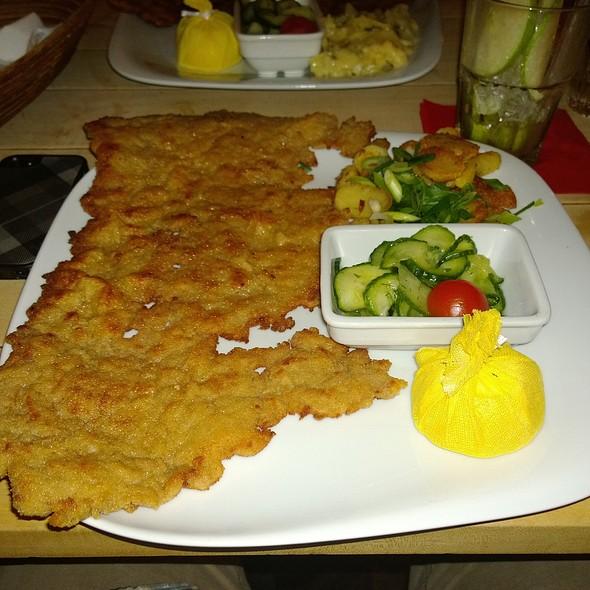 Wiener Schnitzel vom Kalb @ Schnitzelei