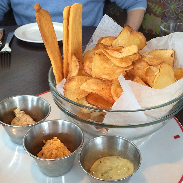 Farmer's Chips, Cheddar Crisps, And Dips @ Founding Farmers