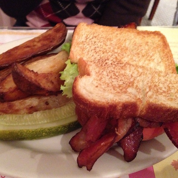 BLT - Kitchenette - Uptown, New York, NY