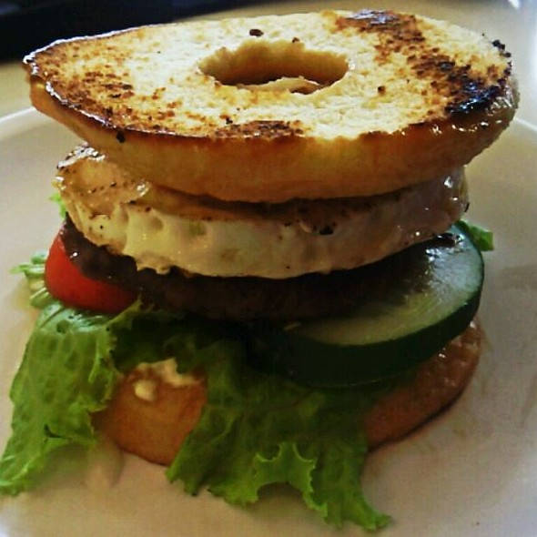 donut burger @ Mister Donut Cafe