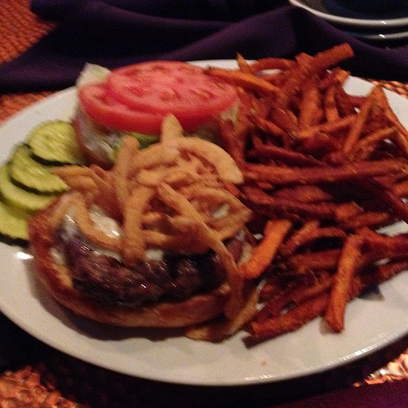 Steakhouse Burger @ Joey's Bar And Grill