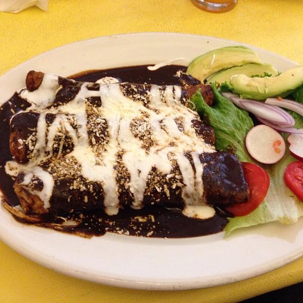 Enchiladas De Mole Estilo Tixtla