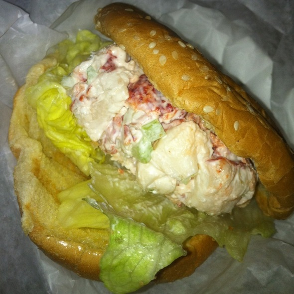 Lobster Roll (Sandwich)